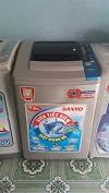 Máy giặt sanyo 7kg lồng nghiêng mới 99%